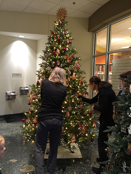 Meijer Gardens Christmas Tree Decorating Photo